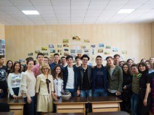 Liceeni-Mihai-Eminescu-sesiuni-de-informare-si-internship-CarelessBeauty.ro-005